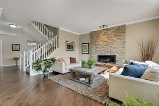 Photo 11: 32 Cougar Ridge Place SW in Calgary: Cougar Ridge Detached for sale : MLS®# A1130851