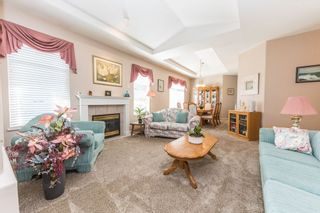"""Photo 2: 59 20770 97B Avenue in Langley: Walnut Grove Townhouse for sale in """"MUNDAY CREEK"""" : MLS®# R2271523"""