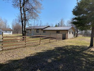 Photo 1: 65108 PTH 12 Highway in Piney Rm: R17 Residential for sale : MLS®# 202109235