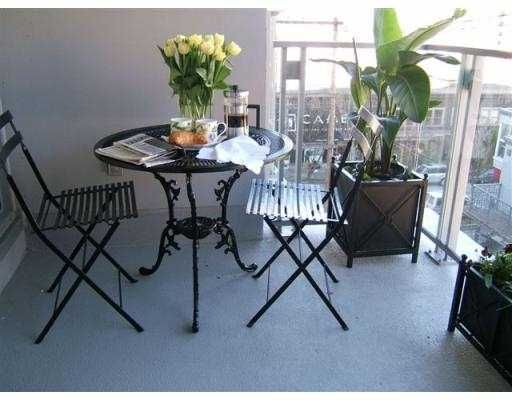 """Photo 9: Photos: 1530 W 8TH Ave in Vancouver: Fairview VW Condo for sale in """"PINTURA"""" (Vancouver West)  : MLS®# V636610"""