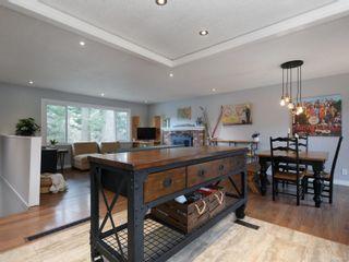 Photo 11: 627 Vanalman Ave in : SW Northridge House for sale (Saanich West)  : MLS®# 867077