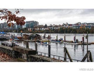 Photo 3: 107 365 Waterfront Cres in VICTORIA: Vi Rock Bay Condo for sale (Victoria)  : MLS®# 745023