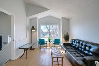 Photo 7: 66 Erin Green Way SE in Calgary: Erin Woods Detached for sale : MLS®# A1094602