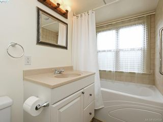 Photo 40: 1632 Hollywood Cres in VICTORIA: Vi Fairfield East House for sale (Victoria)  : MLS®# 837453