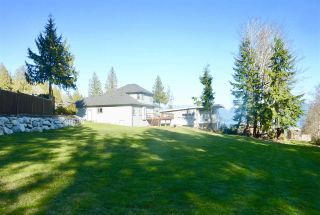 "Photo 3: 777 MADISON Place in Gibsons: Gibsons & Area House for sale in ""VISTA RIDGE"" (Sunshine Coast)  : MLS®# R2447132"