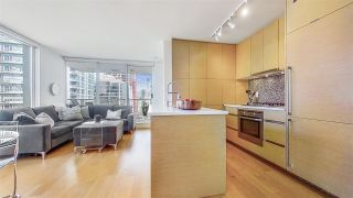 "Photo 8: 1705 565 SMITHE Street in Vancouver: Downtown VW Condo for sale in ""VITA"" (Vancouver West)  : MLS®# R2562463"