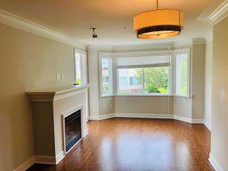"Photo 4: 303 15357 ROPER Avenue: White Rock Condo for sale in ""Regency Court"" (South Surrey White Rock)  : MLS®# R2478208"