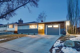 Photo 2: 76 Flavelle Road SE in Calgary: Fairview Detached for sale : MLS®# A1084769