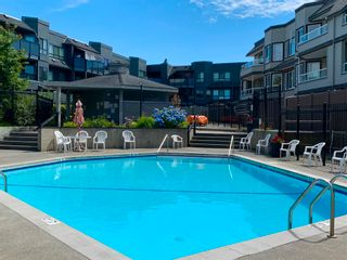 """Photo 26: 312 1840 E SOUTHMERE Crescent in Surrey: Sunnyside Park Surrey Condo for sale in """"Southmere Mews West"""" (South Surrey White Rock)  : MLS®# R2602062"""