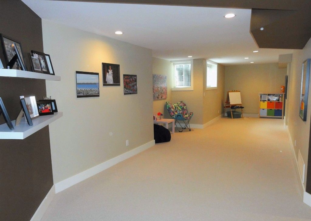 "Photo 32: Photos: 5980 163B Street in Surrey: Cloverdale BC House for sale in ""WESTRIDGE ESTATES"" (Cloverdale)  : MLS®# R2057890"