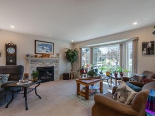 Photo 3: 921 Esslinger Rd in : PQ French Creek House for sale (Parksville/Qualicum)  : MLS®# 872836