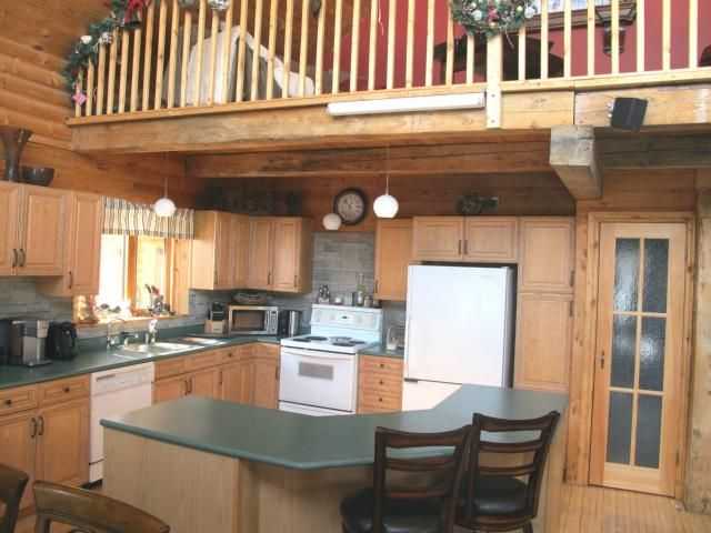 Photo 5: Photos:  in LANDMARK: Manitoba Other Residential for sale : MLS®# 1302863