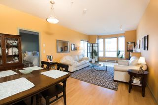 Photo 5: 203 14 E ROYAL Avenue in New Westminster: Fraserview NW Condo for sale : MLS®# R2618179