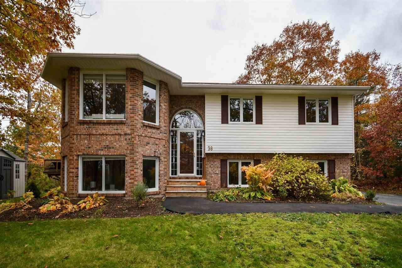 Main Photo: 38 Devonport Avenue in Fall River: 30-Waverley, Fall River, Oakfield Residential for sale (Halifax-Dartmouth)  : MLS®# 202022606