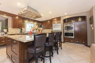 Photo 2: 110 COLLEGE Court in New Westminster: Queens Park House for sale : MLS®# R2611035