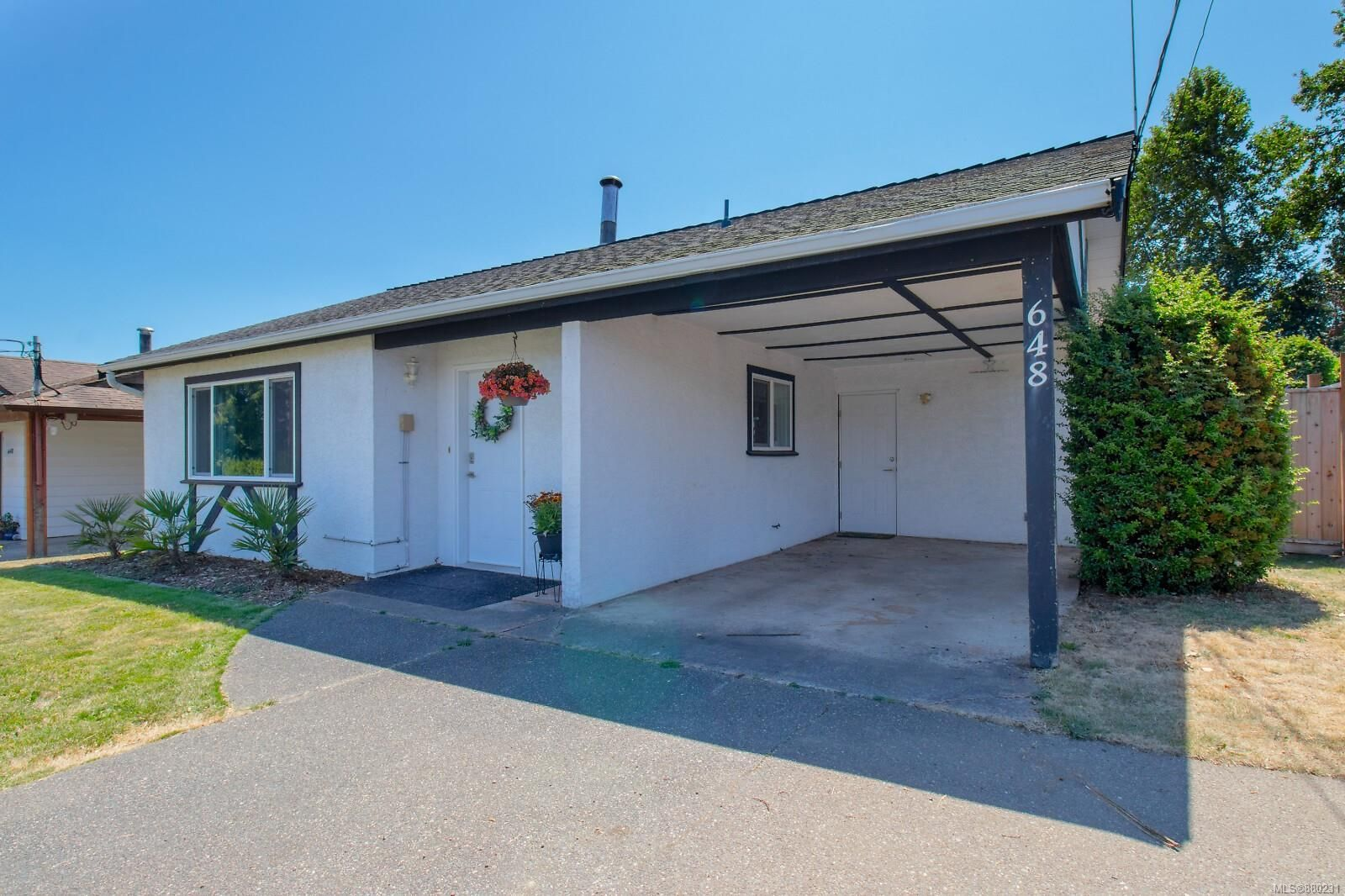 Main Photo: 648 Blenkin Ave in : PQ Parksville House for sale (Parksville/Qualicum)  : MLS®# 880231