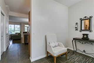 Photo 5: 54 Royal Manor NW in Calgary: Royal Oak Row/Townhouse for sale : MLS®# A1130297