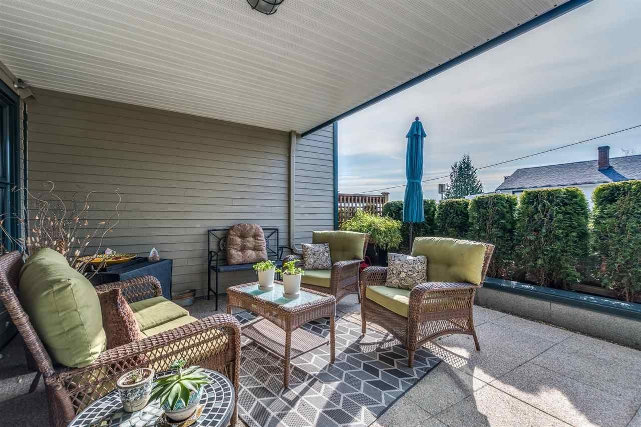 """Main Photo: 107 15210 PACIFIC Avenue: White Rock Condo for sale in """"Ocean Ridge"""" (South Surrey White Rock)  : MLS®# R2562340"""