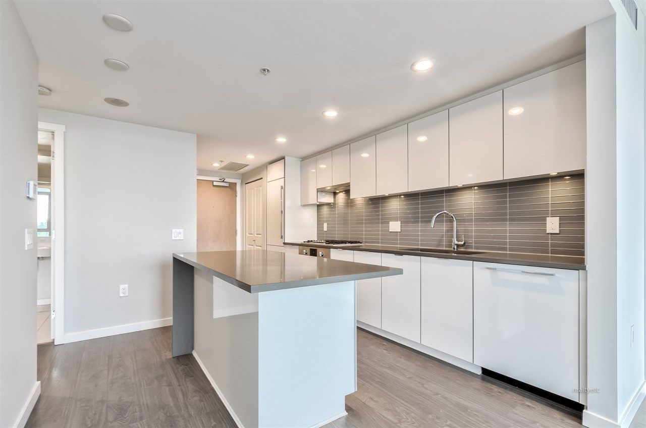 Main Photo: 613 3333 BROWN ROAD in : West Cambie Condo for sale : MLS®# R2460890