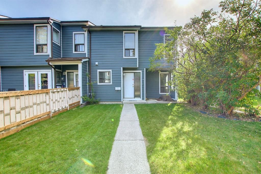 Main Photo: 203 Grier Terrace in Calgary: Greenview Row/Townhouse for sale : MLS®# A1146255