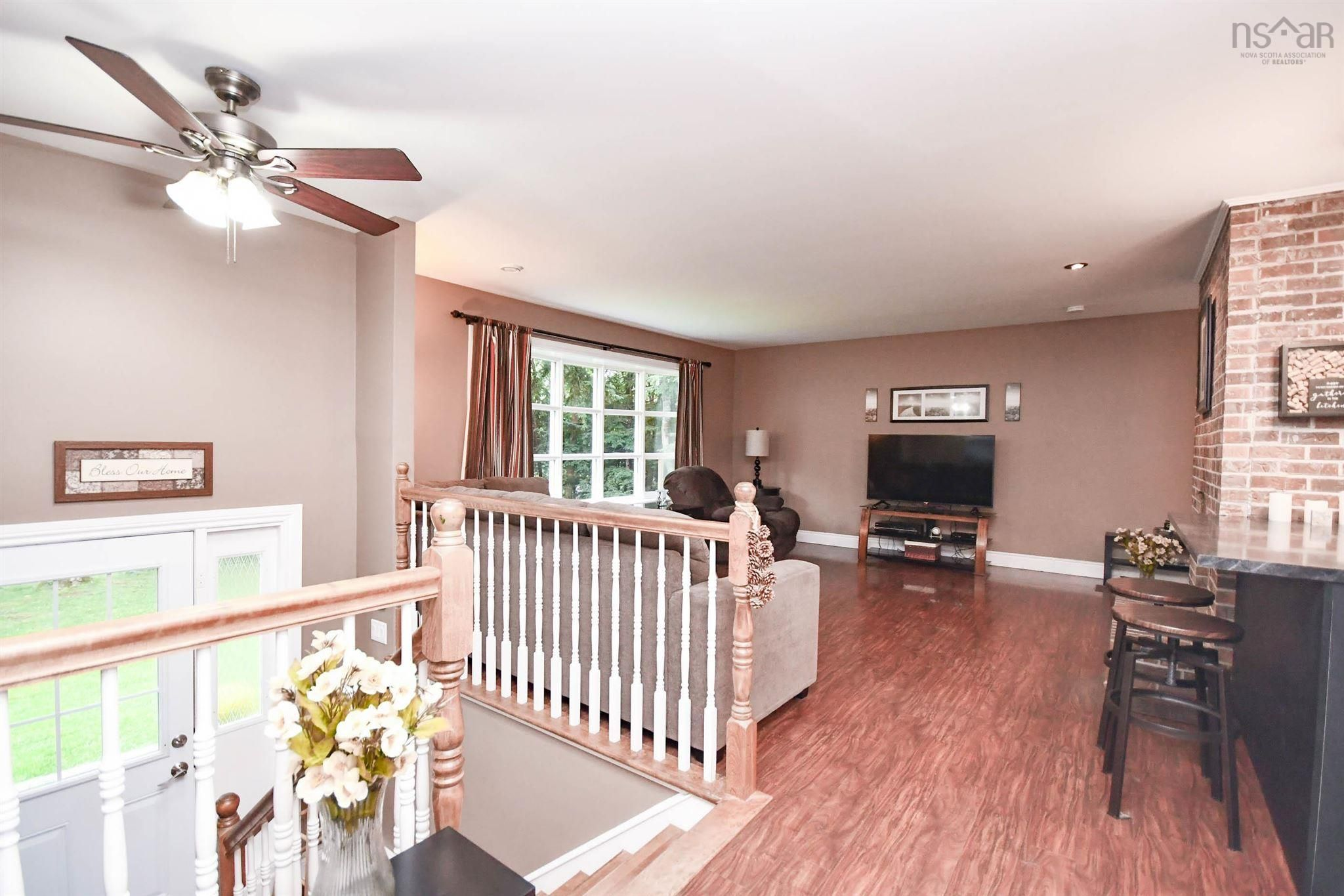 Photo 3: Photos: 1 Davison Drive in Fall River: 30-Waverley, Fall River, Oakfield Residential for sale (Halifax-Dartmouth)  : MLS®# 202123336