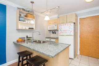 """Photo 2: 607 1155 SEYMOUR Street in Vancouver: Downtown VW Condo for sale in """"The Brava"""" (Vancouver West)  : MLS®# R2581521"""