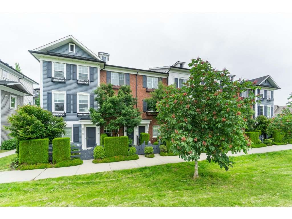 """Main Photo: 16 7348 192A Street in Surrey: Clayton Townhouse for sale in """"The Knoll"""" (Cloverdale)  : MLS®# R2373983"""