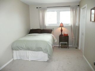 Photo 9: 327 Nightingale Road in Winnipeg: St James Single Family Detached for sale (West Winnipeg)
