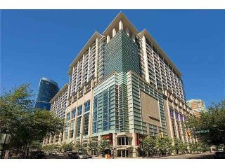 """Photo 1: 1920 938 SMITHE Street in Vancouver: Downtown VW Condo for sale in """"ELECTRIC AVENUE"""" (Vancouver West)  : MLS®# R2572517"""