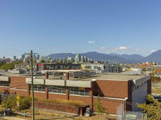 Photo 18: 303 440 E 5TH AVENUE in Vancouver: Mount Pleasant VE Condo for sale (Vancouver East)  : MLS®# R2400226