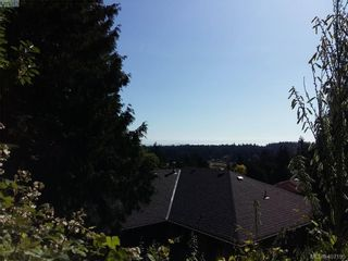Photo 4: 676 Orca Pl in VICTORIA: Co Triangle Land for sale (Colwood)  : MLS®# 809184
