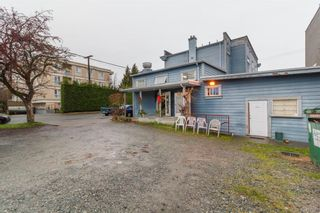 Main Photo: 361/363 E Burnside Rd in Victoria: Vi Burnside Industrial for sale : MLS®# 831381