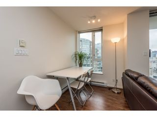 """Photo 4: 2402 550 TAYLOR Street in Vancouver: Downtown VW Condo for sale in """"THE TAYLOR"""" (Vancouver West)  : MLS®# R2142981"""