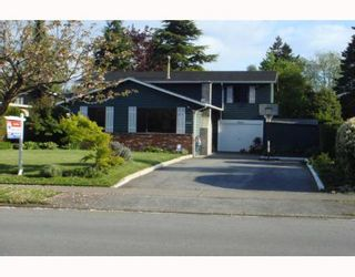 Photo 1: 4922 6TH Avenue in Tsawwassen: Pebble Hill House for sale : MLS®# V766010