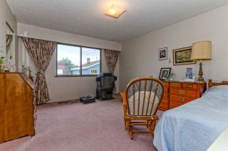 """Photo 15: 8560 OSGOODE Place in Richmond: Saunders House for sale in """"BROADMOOR"""" : MLS®# R2062531"""