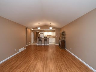 Photo 17: 106 2077 St Andrews Way in COURTENAY: CV Courtenay East Row/Townhouse for sale (Comox Valley)  : MLS®# 836791