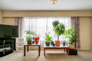 Photo 4: 1725 E 60TH Avenue in Vancouver: Fraserview VE House for sale (Vancouver East)  : MLS®# R2529147
