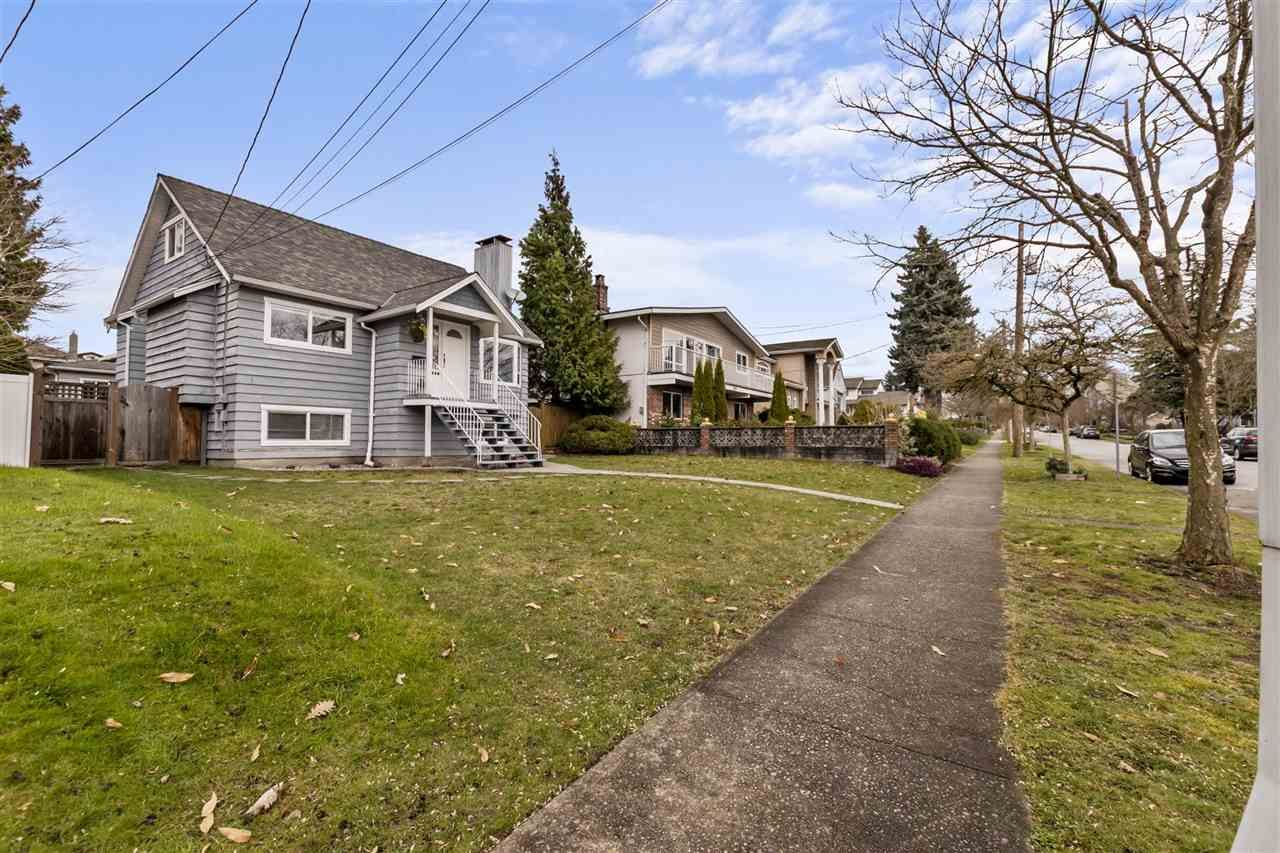 Photo 24: Photos: 1913 EDINBURGH Street in New Westminster: West End NW House for sale : MLS®# R2547519