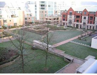 """Photo 9: 506 189 NATIONAL Avenue in Vancouver: Mount Pleasant VE Condo for sale in """"SUSSEX"""" (Vancouver East)  : MLS®# V715705"""