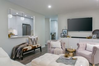 """Photo 3: 302 1720 W 12TH Avenue in Vancouver: Fairview VW Condo for sale in """"TWELVE PINES"""" (Vancouver West)  : MLS®# R2079599"""