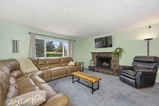 Photo 4: 3245 Wishart Rd in : Co Wishart South House for sale (Colwood)  : MLS®# 866219