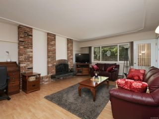Photo 3: 105 3244 Seaton St in : SW Tillicum Condo for sale (Saanich West)  : MLS®# 852382
