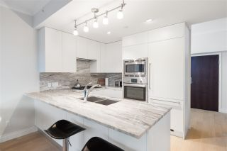 """Photo 4: 805 185 VICTORY SHIP Way in North Vancouver: Lower Lonsdale Condo for sale in """"CASCADE AT THE PIER"""" : MLS®# R2421041"""