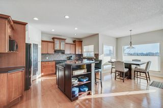 Photo 6: 1638 STRATHCONA Drive SW in Calgary: Strathcona Park Detached for sale : MLS®# C4288398