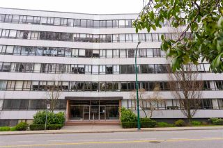 """Photo 18: 104 1445 MARPOLE Avenue in Vancouver: Fairview VW Condo for sale in """"Hycroft Towers"""" (Vancouver West)  : MLS®# R2554611"""