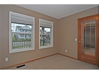 Photo 8: 108 PRESTWICK Mews SE in CALGARY: McKenzie Towne Residential Detached Single Family for sale (Calgary)  : MLS®# C3580861