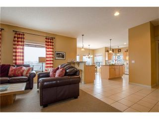 Photo 3: 76 STRATHLEA Place SW in Calgary: Strathcona Park House for sale : MLS®# C4092293