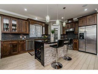 Photo 3: 4 33311 HAWTHORNE Avenue in Abbotsford: Poplar House for sale : MLS®# R2348892