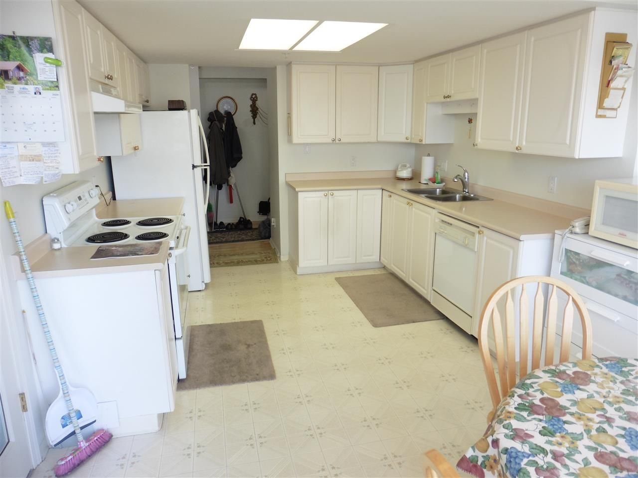 """Photo 7: Photos: 705 728 PRINCESS Street in New Westminster: Uptown NW Condo for sale in """"PRINCESS TOWER"""" : MLS®# R2437425"""