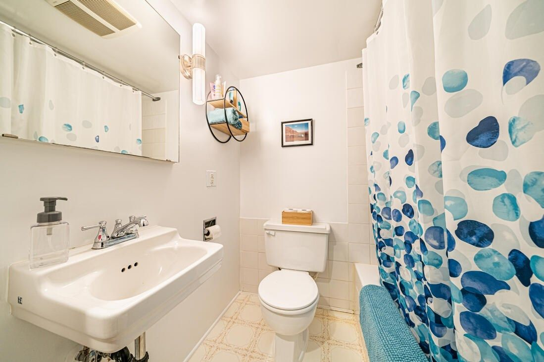 Photo 22: Photos: 2566 DUNDAS Street in Vancouver: Hastings House for sale (Vancouver East)  : MLS®# R2563281
